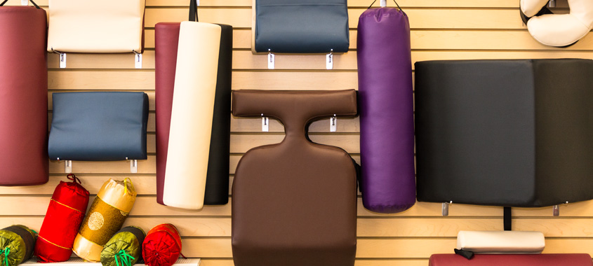 Things to consider when choosing massage accessories
