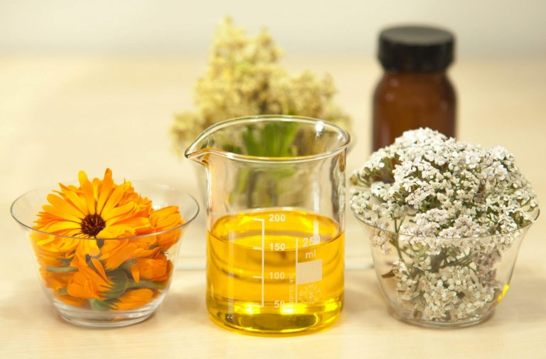 Where to Buy Organic Essential Oils in Canada