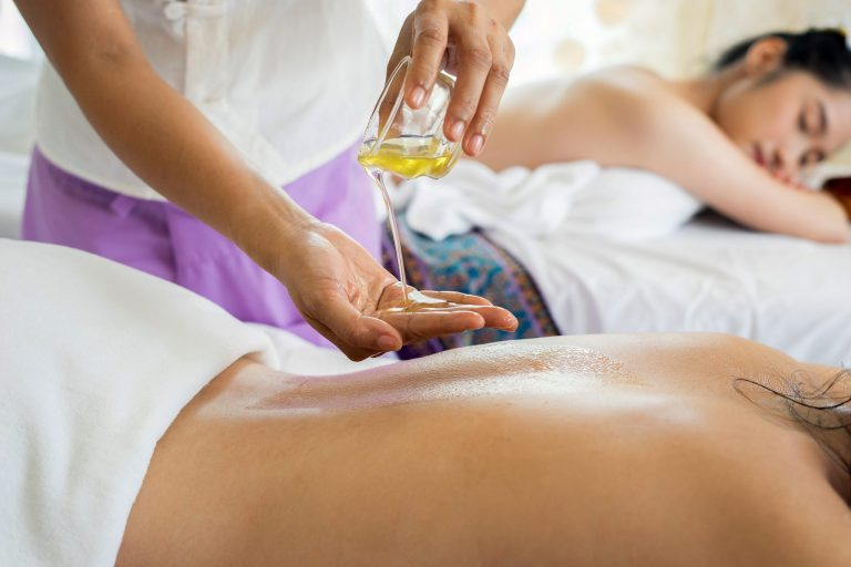 Kill Cellulite with Cupping Therapy and Say Hello to Clear Skin