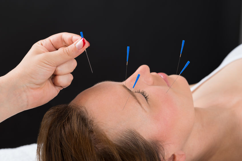 How Acupuncture Helps Seasonal Depressed Mood and the Winter Blues