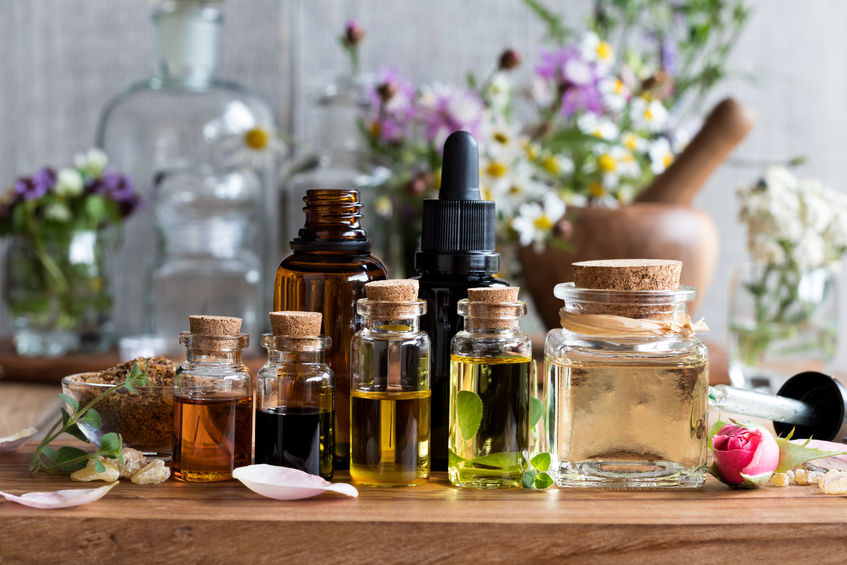 5 Top Must-Have Essential Oils for Winter Wellness